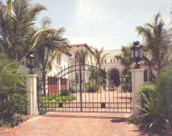 Arched driveway gate